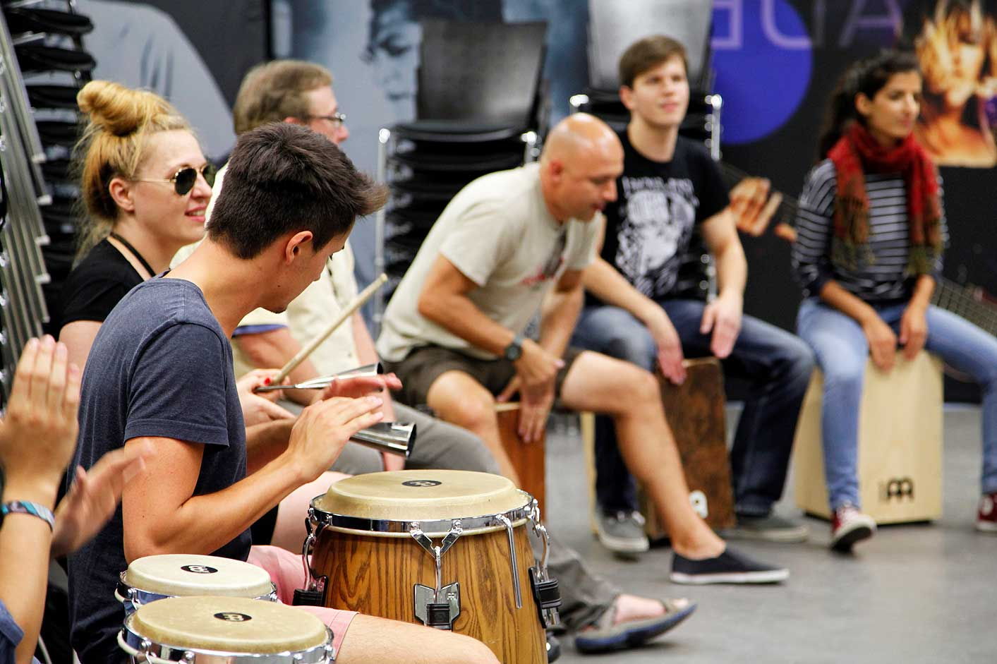 Unterricht Perkussion beim International Summer Camp